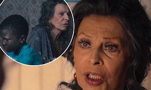 közönség.hu – Sophia Loren 86 évesen az Előttem az élet című Netflix-drámával tér vissza – TRAILER